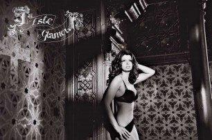 Beauty & Glamour 37